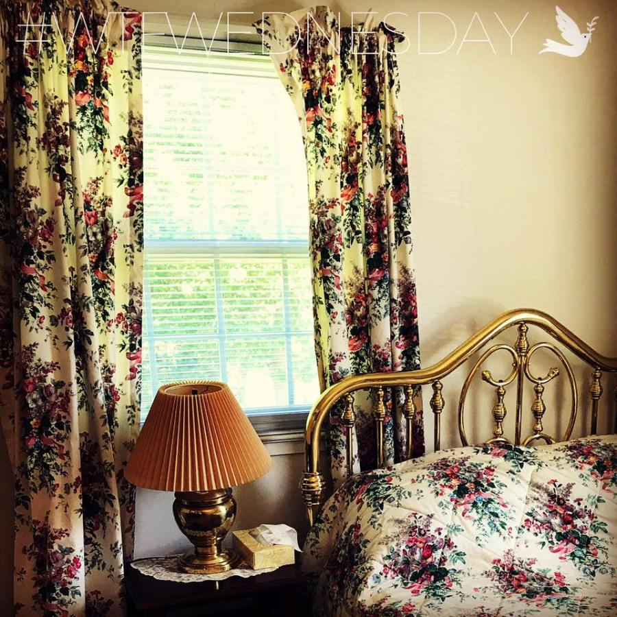 WTF Wednesday 3 - Matching Curtains and Bedspread